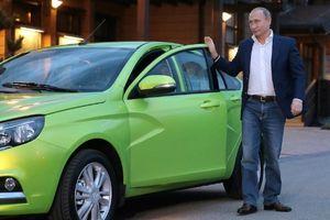 Ông Putin từng dự định làm tài xế taxi