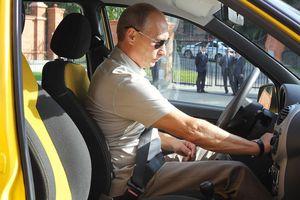 Ông Putin suýt trở thành tài xế taxi