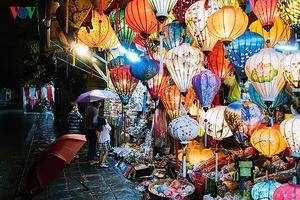 Lung linh chợ đêm phố cổ Hội An