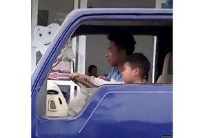 Tạm giữ xe và xử phạt 8 triệu đồng với chủ xe để cháu bé điều khiển xe tải