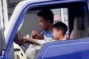 Vụ bé trai lái xe tải trên phố Sầm Sơn: Chú dạy cháu 10 tuổi lái xe