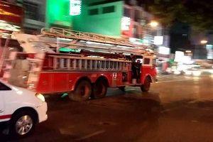 Xe chữa cháy đi làm nhiệm vụ được quyền ưu tiên từ bất kỳ hướng nào