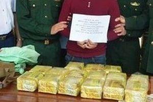 Phá chuyên án, bắt đối tượng vác bao tải ma túy vào Việt Nam tiêu thụ