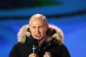 Vladimir Putin: Từ Tổng thống 'tình cờ' đến người bảo vệ 'pháo đài Nga'