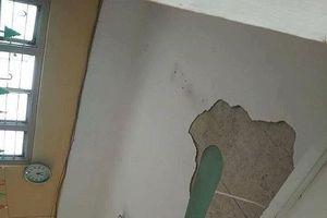 Hà Nội: Phòng học bị sập trần, nhiều học sinh bị thương
