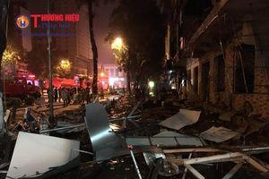 Nghệ An: Nổ lớn trong đêm, một nhà hàng bị hư hỏng nặng