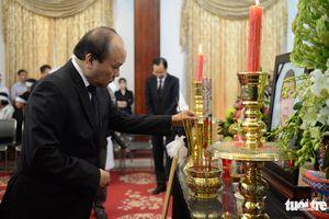 Từ sáng sớm, lãnh đạo Đảng, Nhà nước đã đến viếng Nguyên Thủ tướng Phan Văn Khải