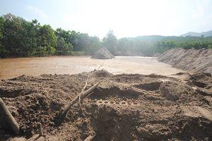 Lãnh đạo Quảng Nam chỉ đạo sau vụ vỡ đập thải mỏ vàng