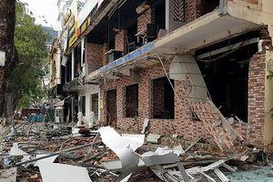 Hiện trường vụ nổ kinh hoàng tại nhà hàng Sura BBQ ở Vinh