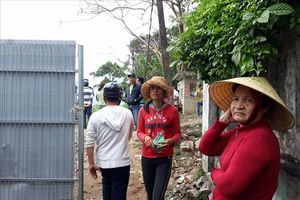 Người dân Đà Nẵng vây dự án đòi lối đi xuống biển