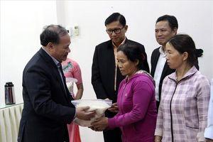 10.000 tấn gạo hỗ trợ đến tay người dân vùng lũ