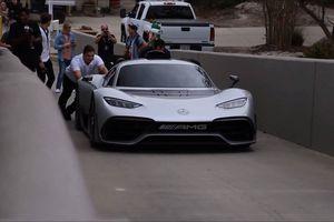 Cận cảnh Mercedes-AMG Project ONE giá hơn 50 tỷ đồng trên đường phố