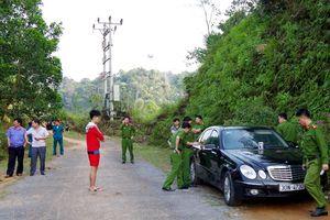 Tình tiết bất ngờ vụ vợ chồng bác sĩ tử vong trong xe Mercedes