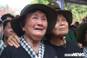 Dân Củ Chi nghẹn ngào tiễn nguyên Thủ tướng Phan Văn Khải về cõi vĩnh hằng