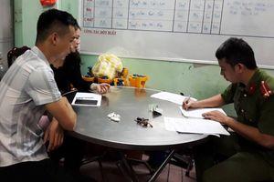 Khởi tố đối tượng hành hung, giam lỏng phóng viên tại Đà Nẵng