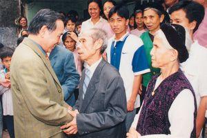 Quê nhãn mãi in dấu hình ảnh nguyên Thủ tướng Phan Văn Khải
