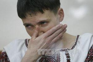 Quốc hội Ukraine tước quyền miễn trừ của nghị sĩ Nadiya Savchenko