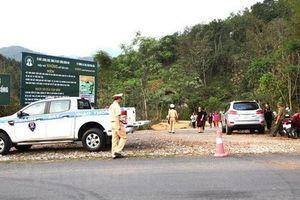 Khởi tố vụ án cán bộ xây dựng và vợ con tử vong trong xe Mercedes
