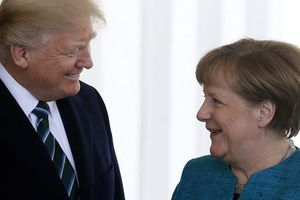 Thêm hàng loạt quốc gia được ông Trump tạm miễn trừ đánh thuế thép, nhôm