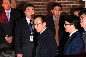 Cựu tổng thống Hàn Quốc Lee Myung Bak bị bắt vì tham nhũng