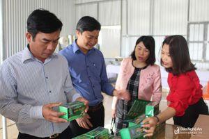 Khảo sát ứng dụng khoa học và công nghệ vào sản xuất ở Con Cuông