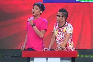 Huỳnh Nhu của Fap TV 'đứng hình' khi đồng đội biểu diễn hình thể