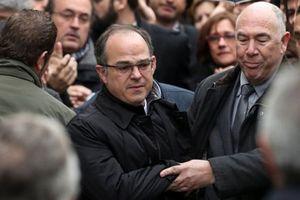 Tây Ban Nha ra lệnh bắt giữ quốc tế các cá nhân ủng hộ Catalonia ly khai