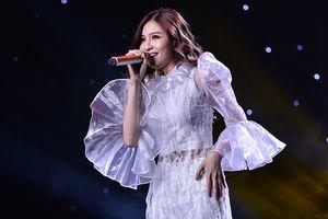 Kết hợp đờn ca tài tử, Shin Hồng Vịnh khiến khán giả liên tưởng… 'Teen vọng cổ'