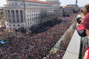 Hơn một triệu người Mỹ diễu hành yêu cầu kiểm soát súng