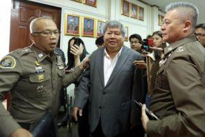 Đại gia Thái Lan bị bắt quả tang nấu lẩu đuôi con báo đen Đông Dương