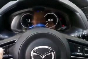 Chiêm ngưỡng màn hình hiển thị kỹ thuật số mới trên Mazda 3
