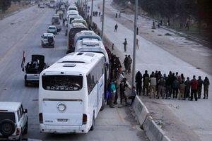 'Huynh đệ tương tàn', phe nổi dậy Syria tự tay dâng chiến thắng cho Assad