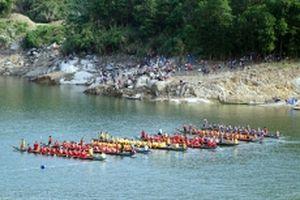 Hàng trăm tay đua tham gia Giải đua thuyền tại miền núi Quảng Nam