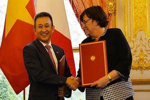 Vietnam Airlines ký hợp đồng 500 triệu USD bảo dưỡng động cơ máy bay