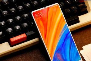 Xiaomi ra mắt Mi MIX 2S, vẫn nói không với 'tai thỏ'