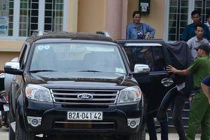 Vụ nổ súng ở quán bida: Bàn giao 3 nghi phạm cho Công an tỉnh Kon Tum