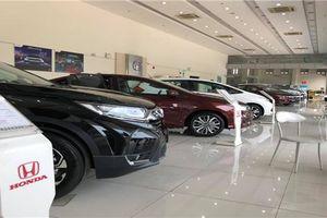 Khách bị ép mua Honda CR-V 2018 'bia kèm lạc'