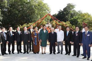 Tượng đài Hồ Chí Minh - Minh chứng tình hữu nghị Việt Nam-Cuba