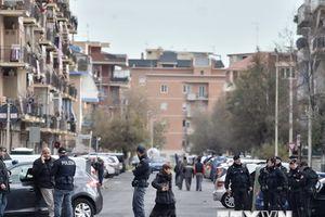 Italy bắt giữ 5 đối tượng trong cuộc đột kích chống khủng bố
