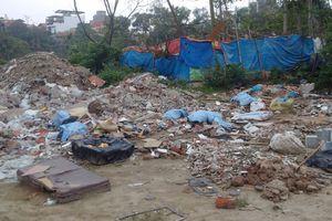 Quận Hoàng Mai: Lại nhức nhối nạn đổ trộm phế thải xây dựng