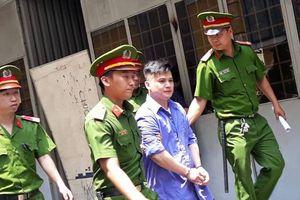 Tưởng nói xấu mình, nam Việt kiều đâm chết người trước quán beer