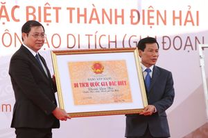 Trao Bằng xếp hạng Di tích quốc gia đặc biệt Thành Điện Hải cho Đà Nẵng