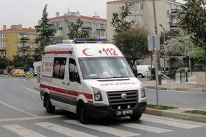 Thổ Nhĩ Kỳ: Xe buýt chở người nhập cư bốc cháy, 17 người chết