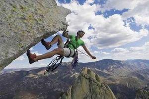 Leo núi thể thao phải có trang thiết bị đảm bảo an toàn