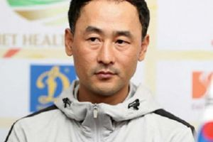 HLV Hàn Quốc: 'Cầu thủ Việt Nam có điểm mạnh rất đáng khen'