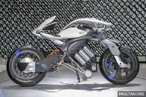 Ngắm bộ đôi xe Yamaha Qbix và Motoroid độc, lạ
