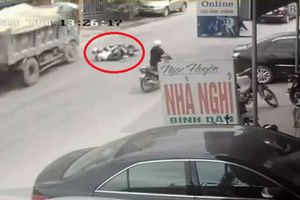 Clip: Cú đánh lái 'xuất thần' của tài xế xe tải cứu mạng 2 nữ sinh