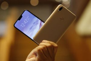Smartphone 'tai thỏ' với camera selfie khủng 24 MP của Vivo về Việt Nam