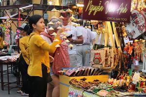 Phố cổ Hội An có thêm chợ đêm: Chưa kịp mừng đã vội lo