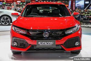 Ảnh chi tiết phiên bản đặc biệt Honda Civic Hatchback với màu đỏ rực